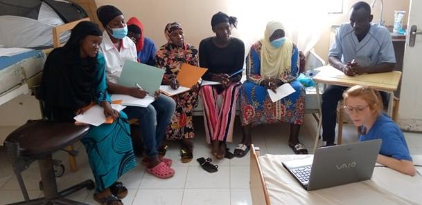 midwife Anne-Katrin Klotzsch teaching